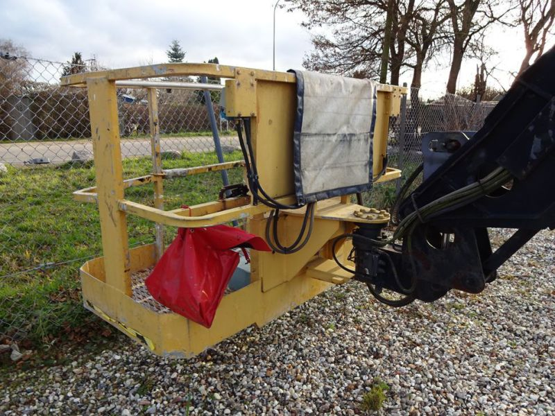 Knækbomlift 21 meter Grove AMZ68XT / Articulated boom lift - 22