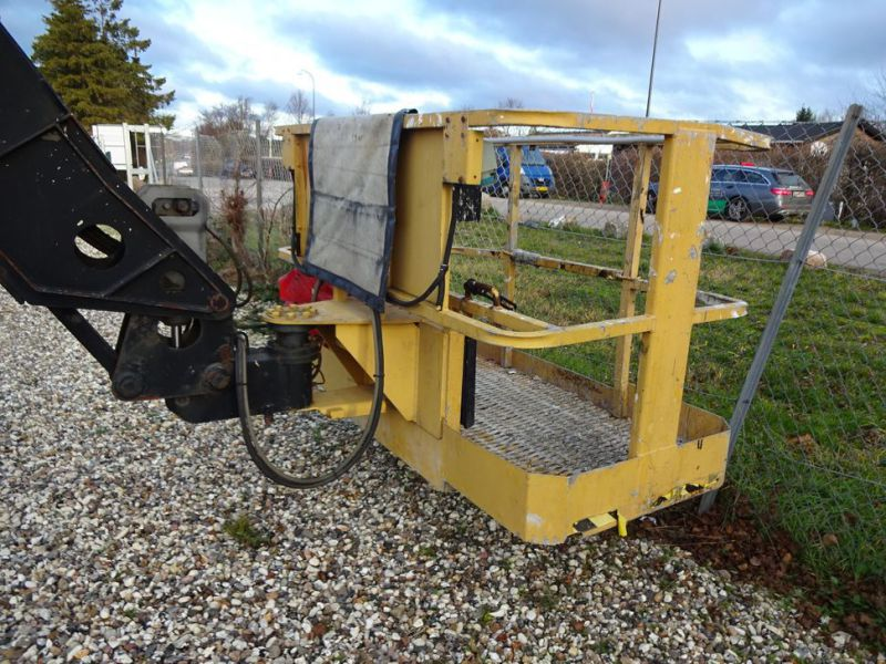 Knækbomlift 21 meter Grove AMZ68XT / Articulated boom lift - 23