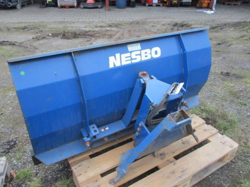 Sneplov Nesbo RS 1500, Kost GMR 130 cm / Snow plow and sweeper - 10