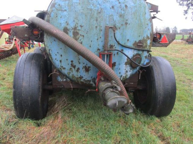 Samson slamsuger påhængsvogn / Samson sewage trailer til salg. På Retrade kan du købe brugt ...