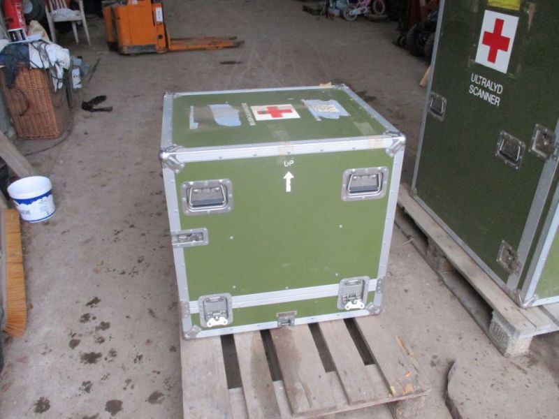 2 stk Pierre Beauvais flight cases incl blood gas analysis aparat / Flight casese including  blood and gas analyzer  - 5