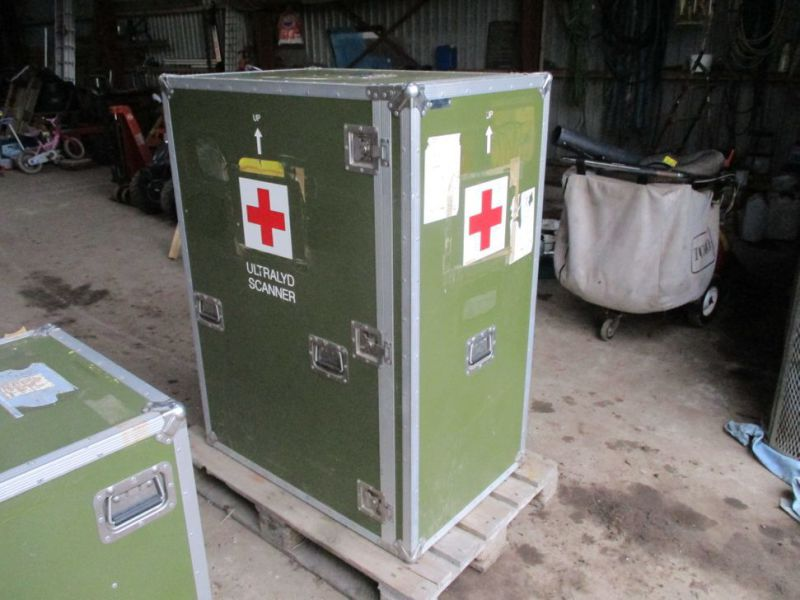 2 stk Pierre Beauvais flight cases incl blood gas analysis aparat / Flight casese including  blood and gas analyzer  - 6