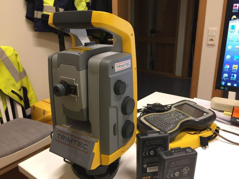 "Totalstation / Total Station Trimble S6 2"" DR PLUS  - 5"