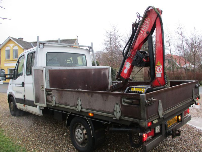 IVECO DAILY 35S 18 med Fassi M30A13 kran / IVECO DAILY with crane - 0