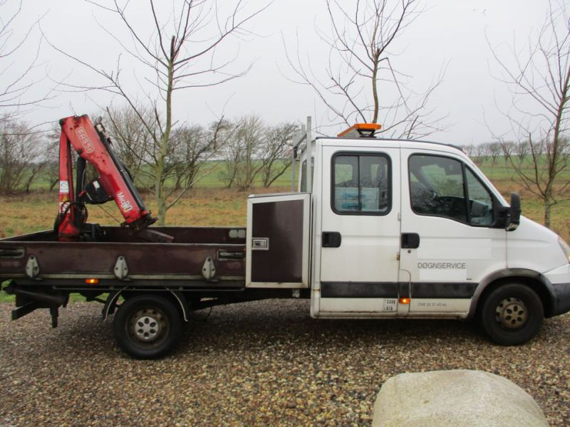 IVECO DAILY 35S 18 med Fassi M30A13 kran / IVECO DAILY with crane - 36