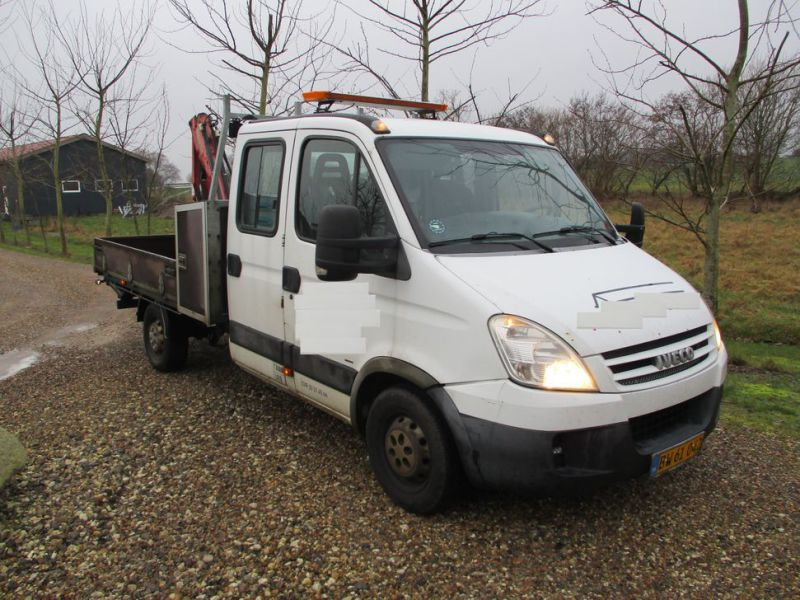 IVECO DAILY 35S 18 med Fassi M30A13 kran / IVECO DAILY with crane - 37