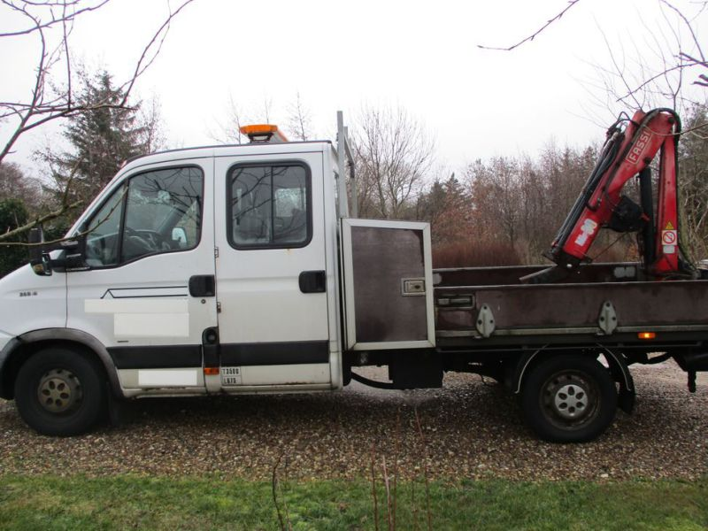 IVECO DAILY 35S 18 med Fassi M30A13 kran / IVECO DAILY with crane - 40