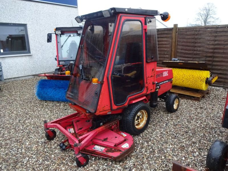 Toro Groundmaster 220 Diesel med kost og klipper / with sweeper and cutter - 0