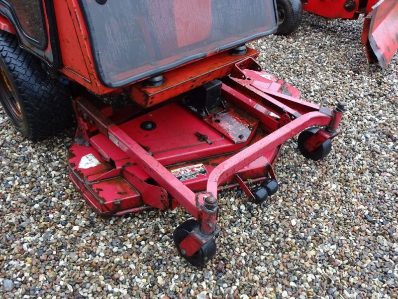 Toro Groundmaster 220 Diesel med kost og klipper / with sweeper and cutter - 15