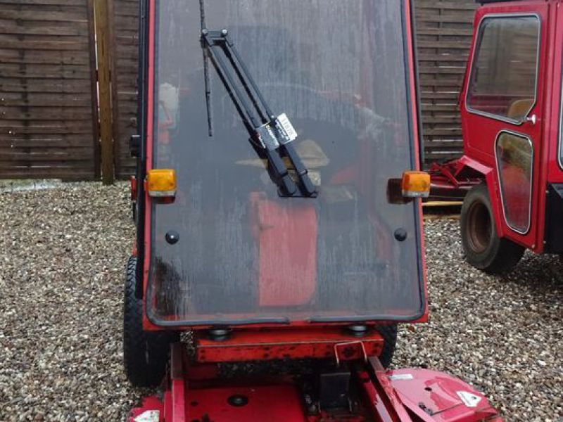Toro Groundmaster 220 Diesel med kost og klipper / with sweeper and cutter - 16