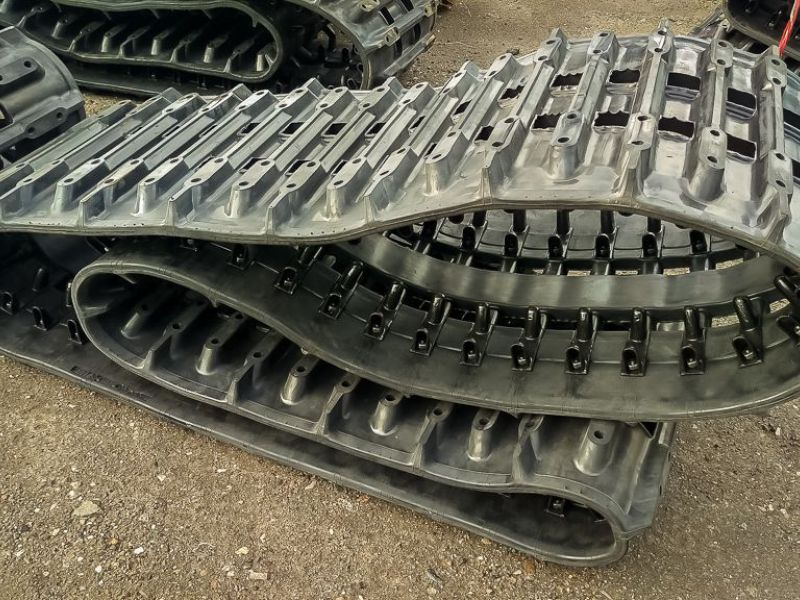 2 pcs Rubber tracks for Hägglunds BV206 - 1