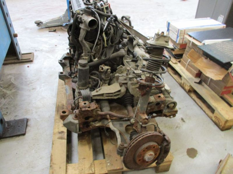 Merecedes Benz motor / Engine  - 4