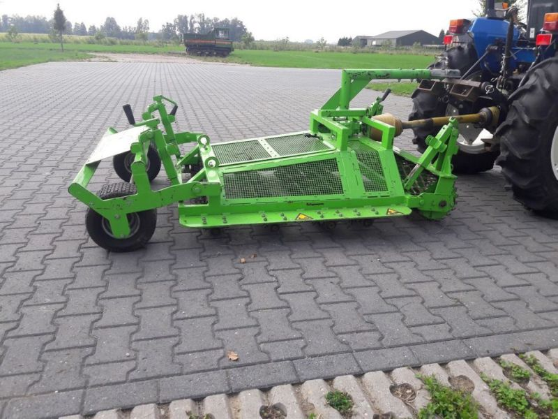 Kunstgras reiniger / Artificial grass cleaner /  - 2