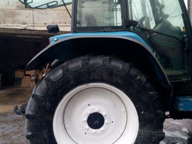 New Holland TM 135 4 WD - 8