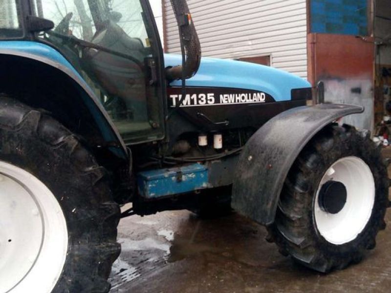 New Holland TM 135 4 WD - 9