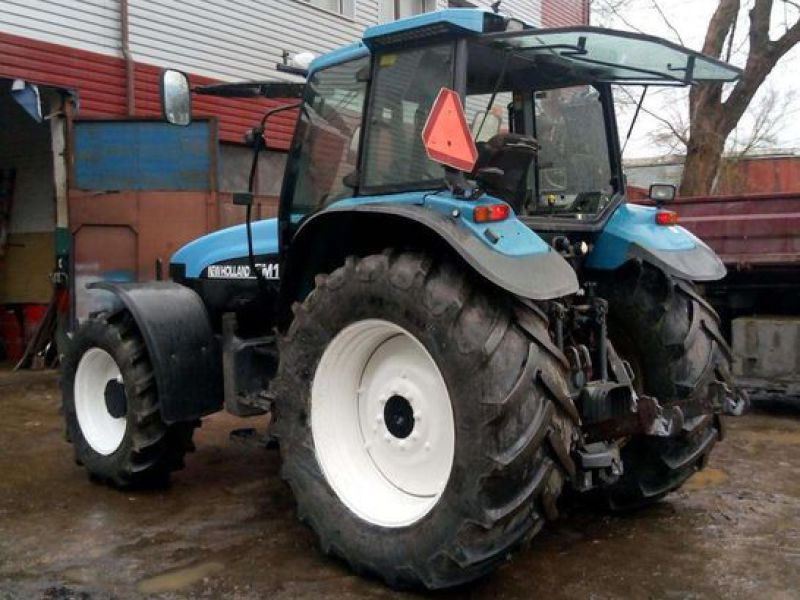 New Holland TM 135 4 WD - 11