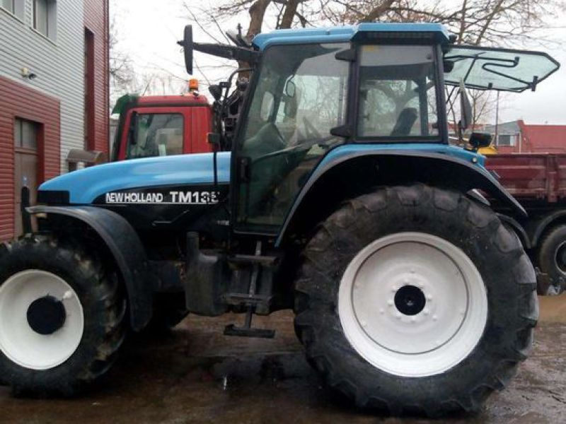 New Holland TM 135 4 WD - 12