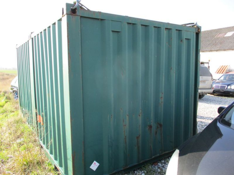 8 fods container med dieseltank / 8 ft. container with fuel tank - 1