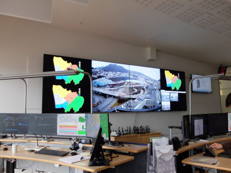 Matrox Videomatrise / PC for videovegg-løsning./ Computer Video Wall Solutions - 0