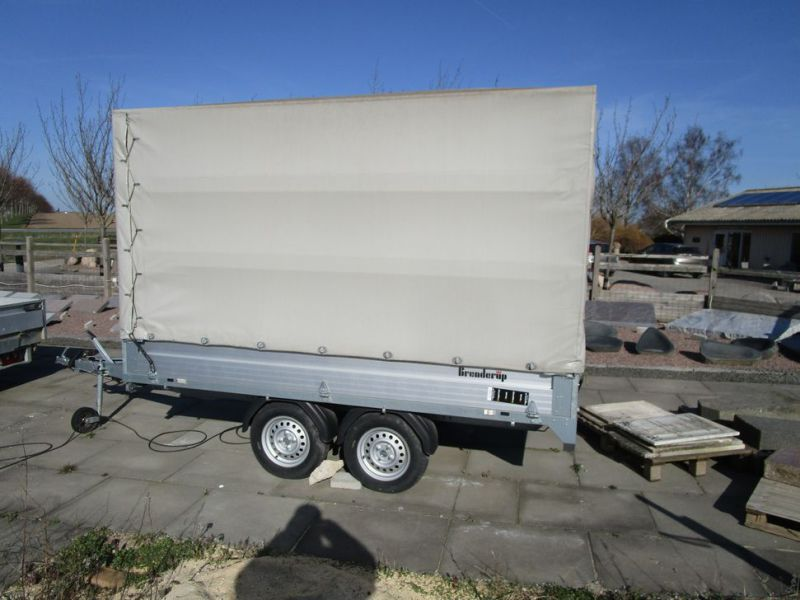 Brenderup / Thule lukket trailer / closed trailer - 2