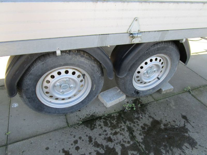 Brenderup / Thule lukket trailer / closed trailer - 4