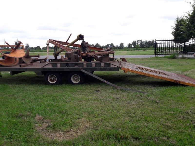 aanhanger met boren / trailer with drills - 2