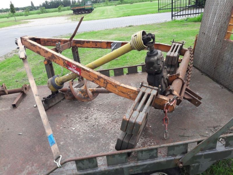 aanhanger met boren / trailer with drills - 4