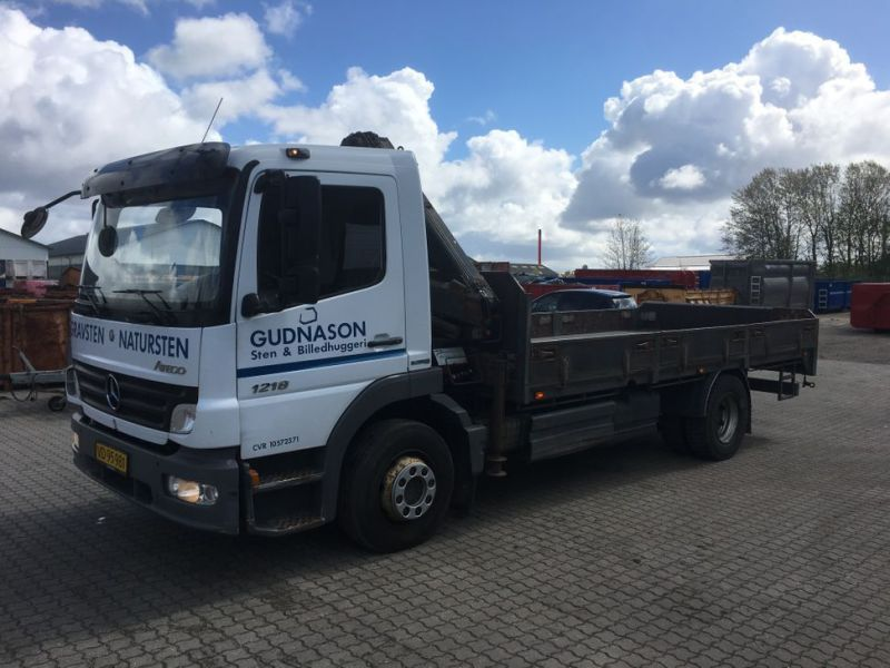 Mercedes Benz Atego 1218 med kran / Lorry with crane - 1
