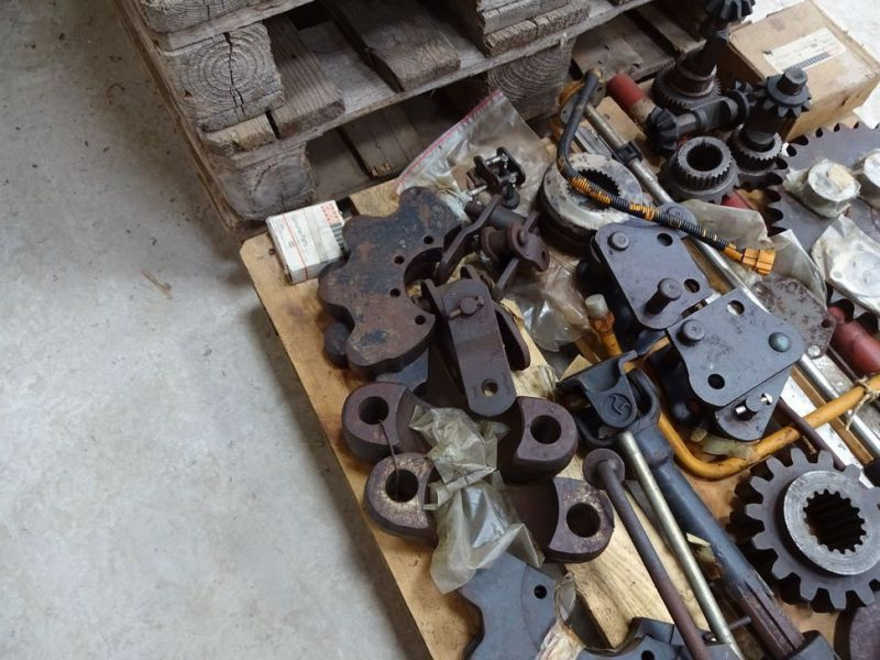 Case reservedele m.v. / spare parts etc. - 11