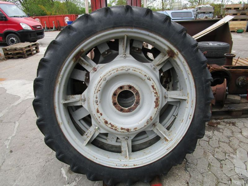 2 stk. Såhjul sæt Continental dæk 9,5-42 / 2 pcs. Seed wheel set Continental tires 9.5-42 - 0