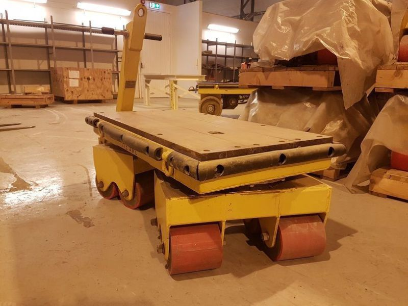 9 stk traller Load 1t / 9 pcs trolleys load 1t. Not used - 1