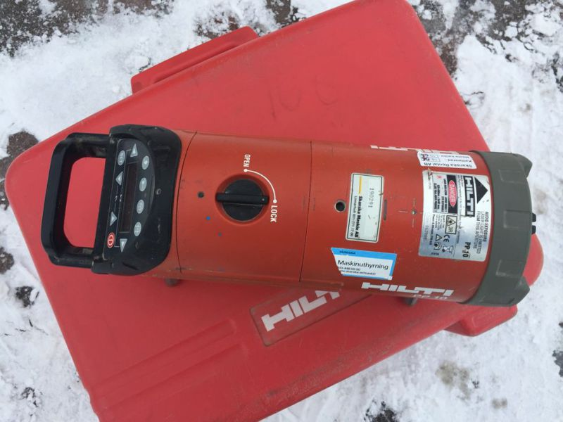Optical laser leveler HILTI PP 10 with box - 1