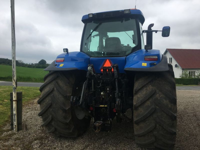 New Holland T 8050 SS  - 8