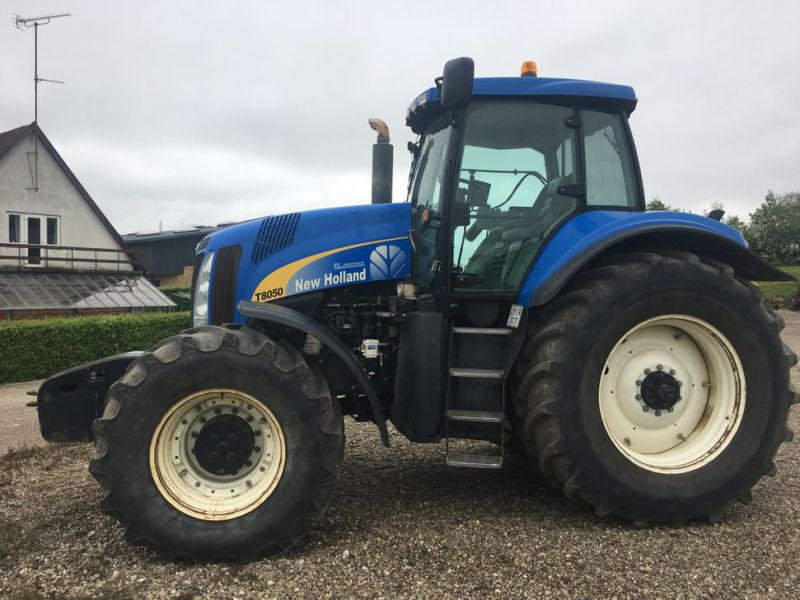 New Holland T8050 TG  - 0