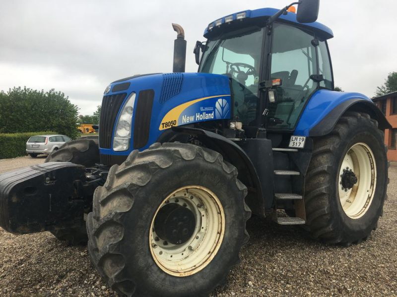 New Holland T8050 TG  - 1
