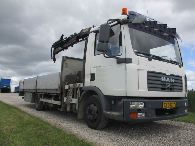 MAN TGL 12.240 M/ HMF1060 K3 Kran / with crane - 0