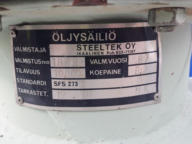 Steeltek OY oil container - 2