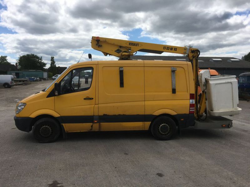 Mercedes Benz Sprinter 313 CDI Van med lift / Van with lift - 1