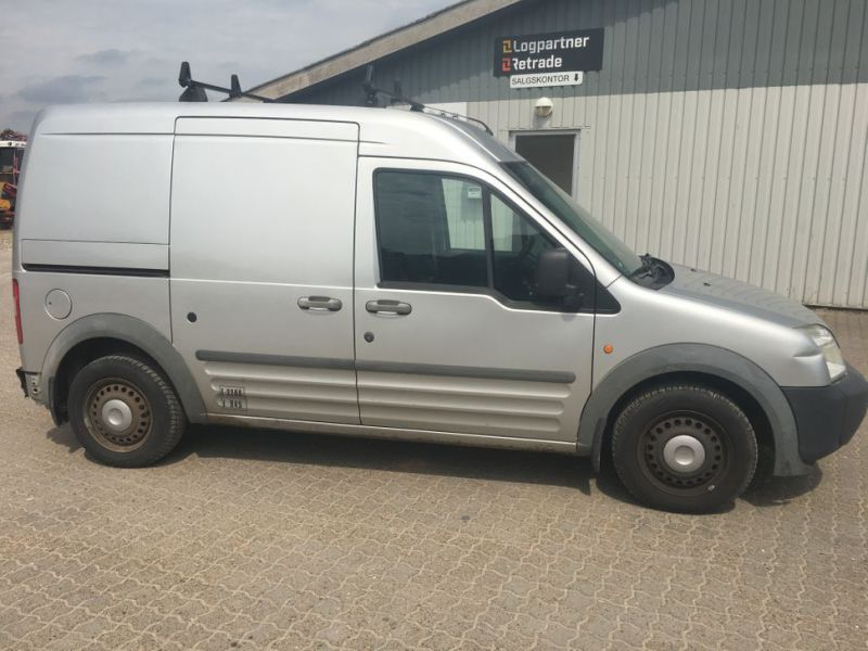 Ford Transit Connect 230 L 1,8 TDCI Van - 4