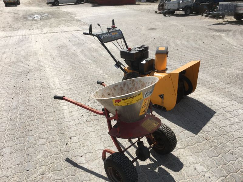 Stiga sneslynge og salt spreder / snow blower and salt spreader - 1