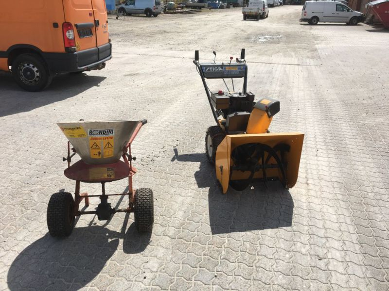 Stiga sneslynge og salt spreder / snow blower and salt spreader - 2