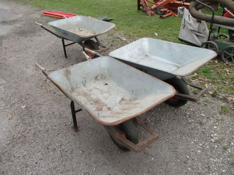 3 Stk. trillebøre / 3 Pcs. wheelbarrows. - 0