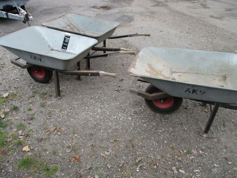 3 Stk. trillebøre / 3 Pcs. wheelbarrows. - 3