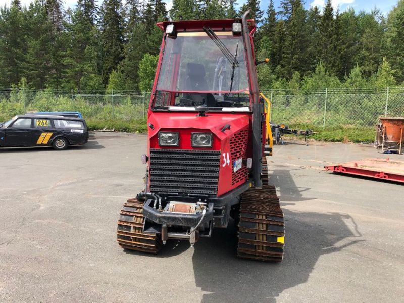 Terri Skotare/Forwarder  - 2