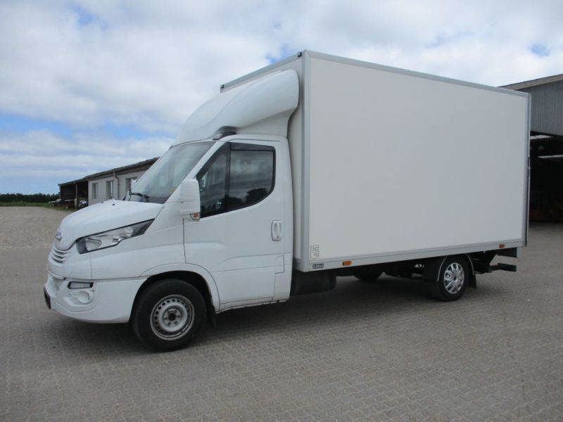 IVECO Daily 35S16A8 CARGO 3500kg 2018 - 0
