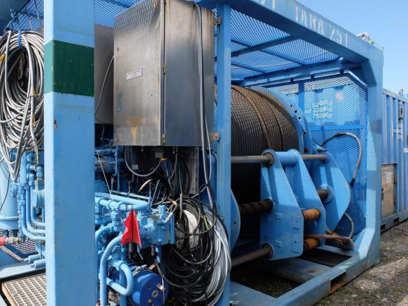 UTIS - Subsea equipment.  Winch, HPU-containers. 2 complete systems. - 0