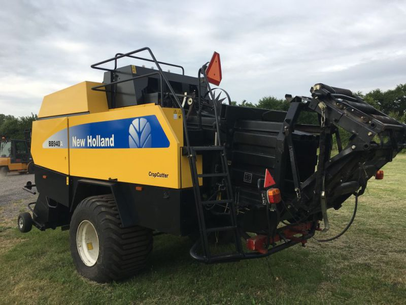 New Holland BB940A Crop Cutter / Baler - 2