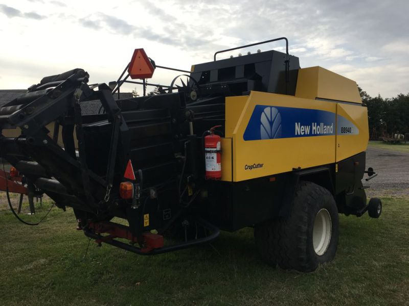 New Holland BB940A Crop Cutter / Baler - 5