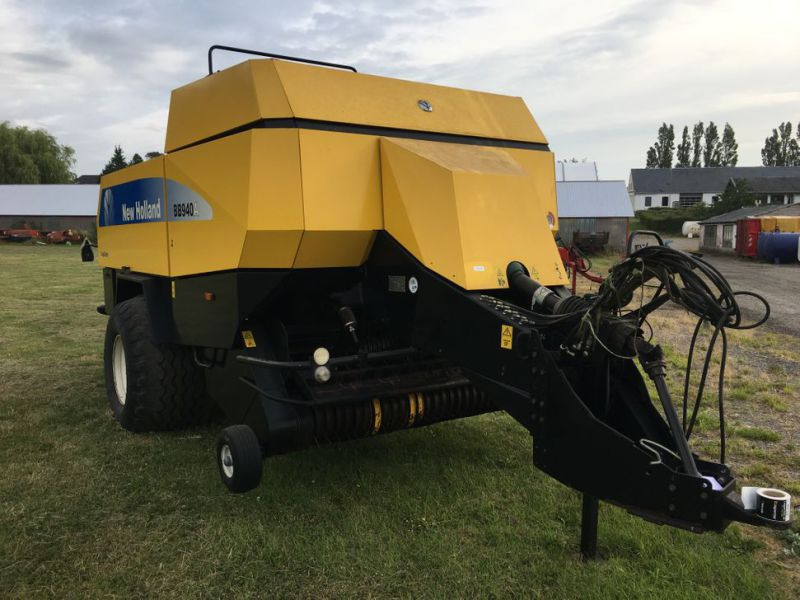 New Holland BB940A Crop Cutter / Baler - 7
