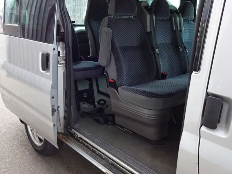 Ford Tourneo 2,0 T/D - 11